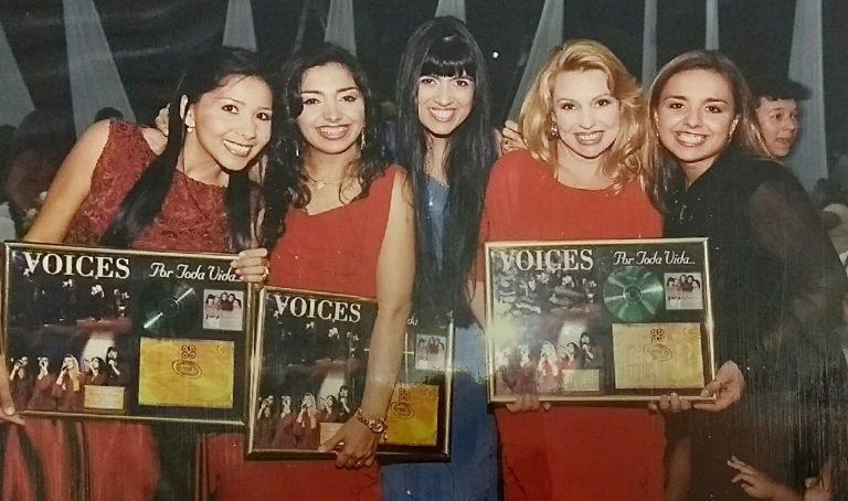2001 - Disco de Ouro Voices