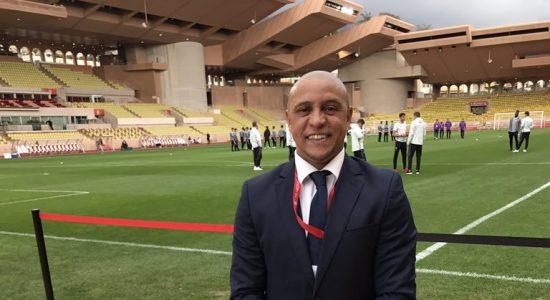 Ex-lateral Roberto Carlos