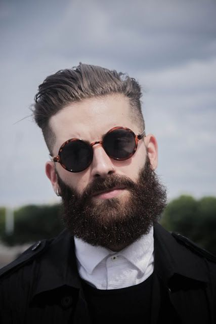 8661ba14b0332 Saúde e estilo! Veja motivos para usar óculos de sol   Comportamento ...