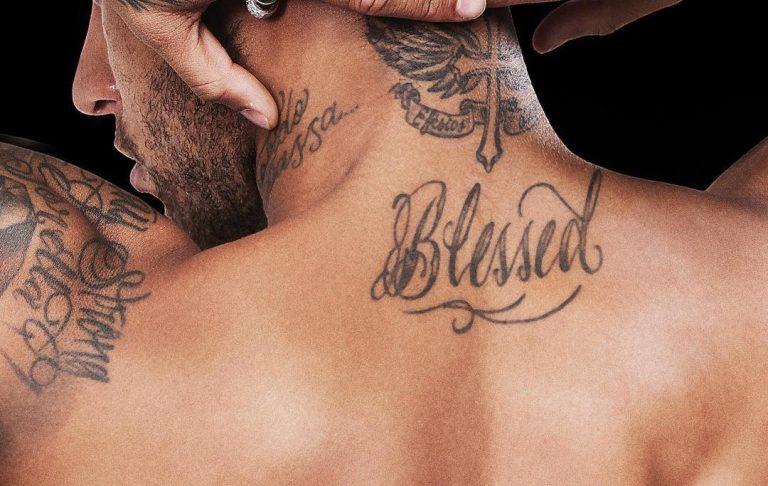 Neymar Exibe Tatuagem Com Mensagem Religiosa Fé Plenonews