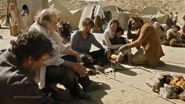 O grupo sofre sem água e comida