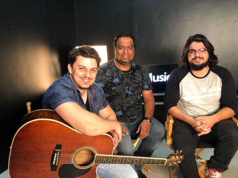 Viva Adoração participa de live com seguidores na MK Music