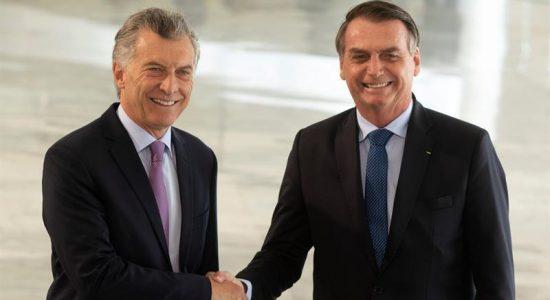 Mauricio Macri e Jair Bolsonaro durante encontro em Brasília