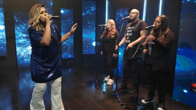 Êxodo 33:18 é a segunda live session de Michelle Nascimento