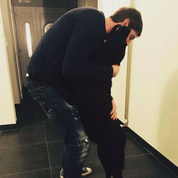 Além dos membros da família, cachorra também sente a falta de Emiliano