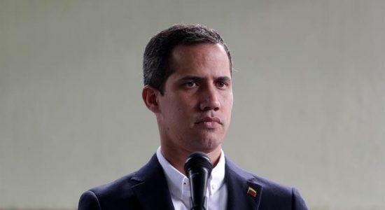 Em Davos, Juan Guaidó pede ajuda para reintegrar a Venezuela