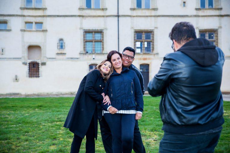 Clipe com Pamela e Anderson Freire foi gravado na França