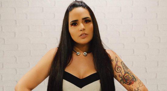 A cantora Perlla