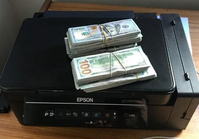 Dinheiro encontrado na residência