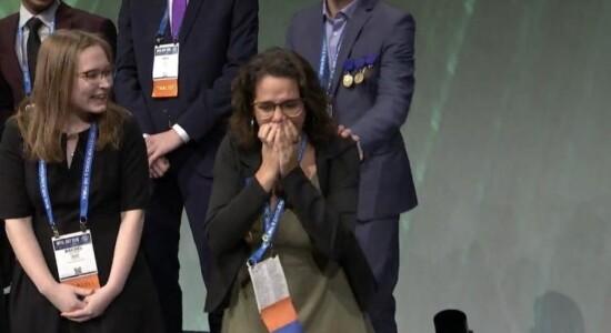 Juliana venceu categoria em prêmio internacional de ciências