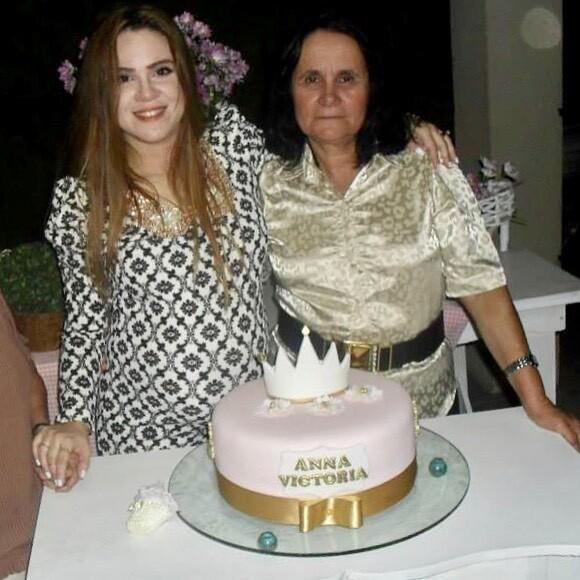 Sarah Farias e a mãe