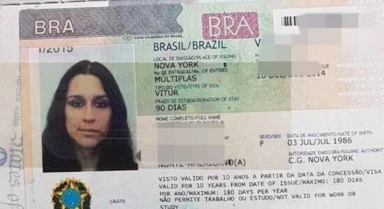 Passaporte de Danielle Davila