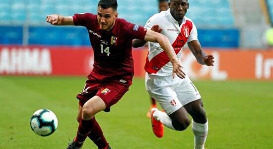 Jogo entre Peru e Venezuela encerrou sem gols, após duas anulações