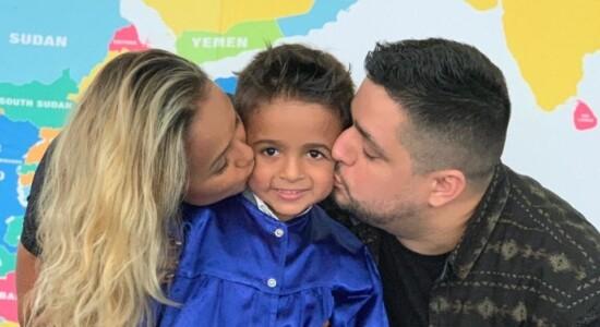 Filho de Bruna Karla se forma no colégio