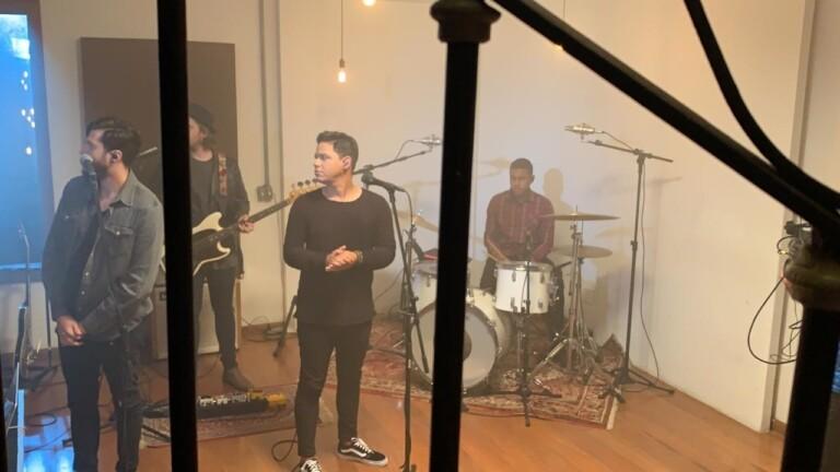 Elizeu Alves grava live das canções pela MK Music