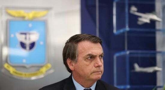 Presidente Jair Bolsonaro diz que quer extinguir conselhos
