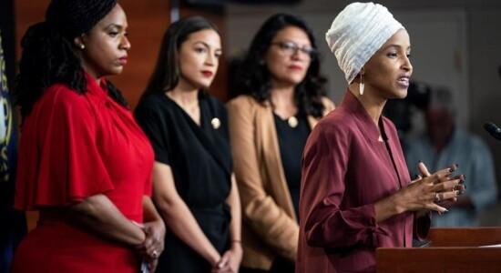 Congressistas democratas americanas fizeram um pronunciamento atacando o presidente
