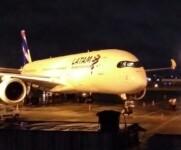 Avião da Latam faz pouso de emergência