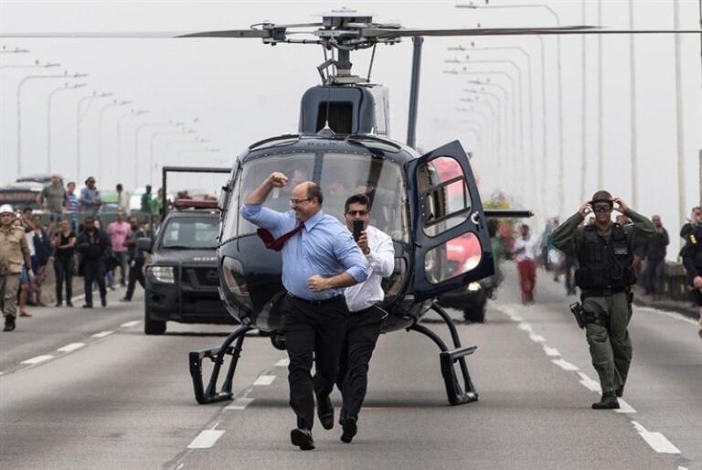 Governador Wilson Witzel chega na ponte Rio-Niterói
