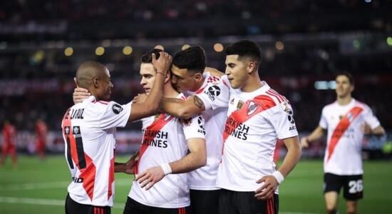 River vence o Cerro e fica perto da semi da Libertadores