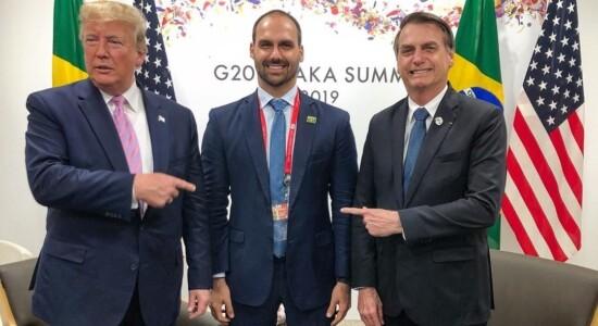 Donald Trump, Eduardo e Jair Bolsonaro