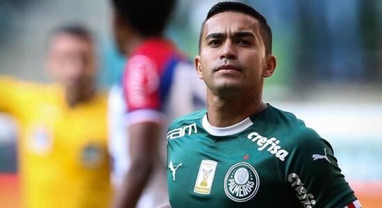 Dudu foi autor dos dois gols do Palmeiras