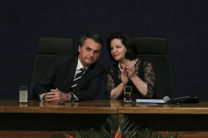 Bolsonaro ataca Raquel  Dodge