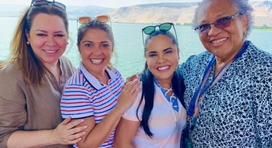 Helena Tannure e Cassiane visitam pontos importantes de Israel