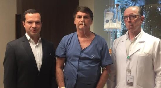 Bolsonaro e médicos