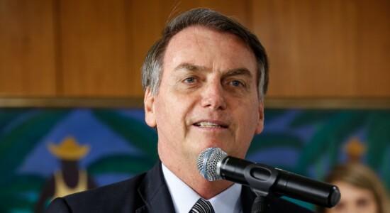 Presidente Jair Bolsonaro comemora a criação de empregos em setembro