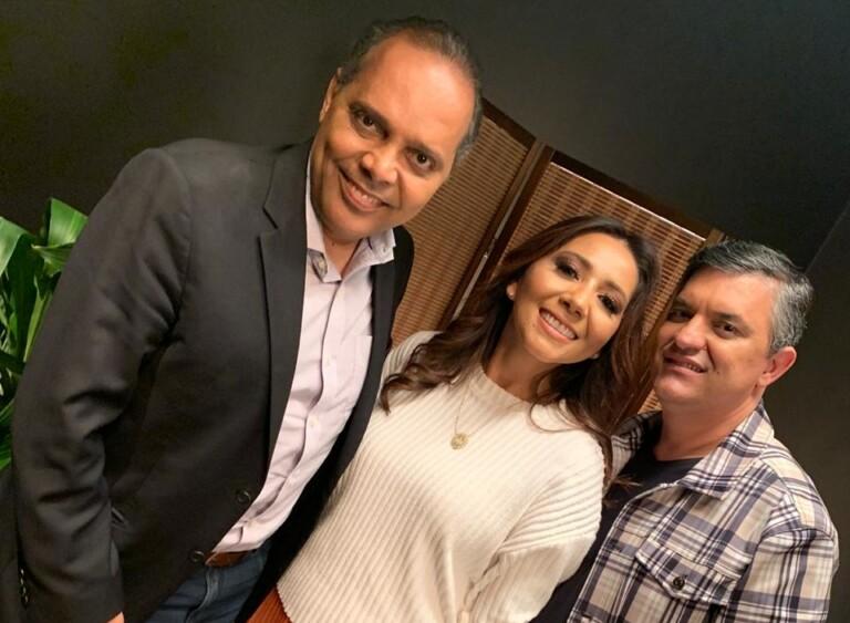 Casal Jozyanne e Odilton Angelo gravam programa sobre casamento