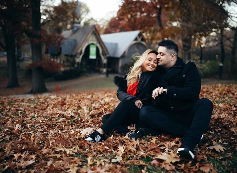 Bruna Karla e o marido fazem passeio por Nova Iorque