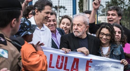 Ex-presidente Lula chama Bolsonaro de mentiroso