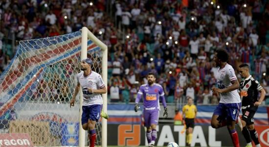 Bahia e Vasco empatam em jogo com VAR de protagonista