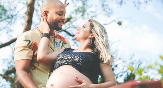 Rafael Black e Bárbara Magno esperam pelo 1º filho