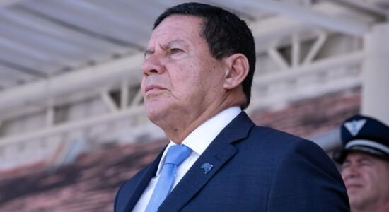 Presidente em exercício, Hamilton Mourão afirmou ser contra a criação da Secretaria de Segurança