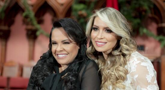 Elaine de Jesus anuncia lançamento de single com participação de Cassiane
