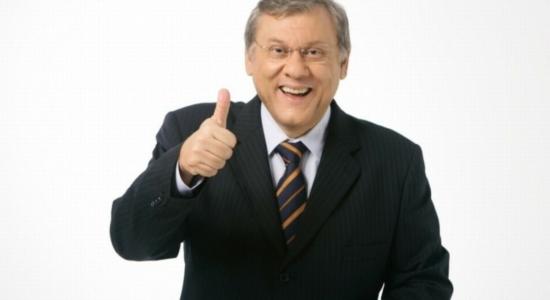 Milton Neves tem alta do hospital