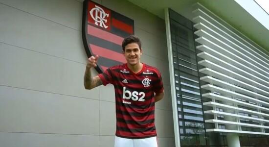 Pedro é anunciado oficialmente pelo Flamengo