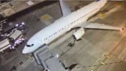 Avião com brasileiros deportados dos EUA chega ao Brasil