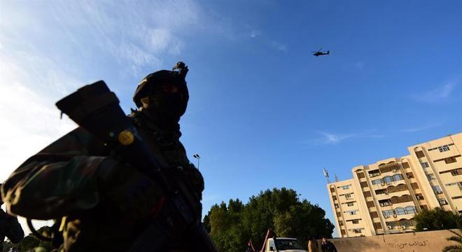 Resultado de imagem para mísseis contra a embaixada americana no iraque