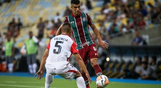 Fluminense não sai do zero e é eliminado da Sul-Americana
