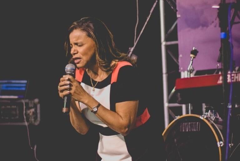 Ezenete Rodrigues, pastora e líder do Ministério Restaurando Vidas